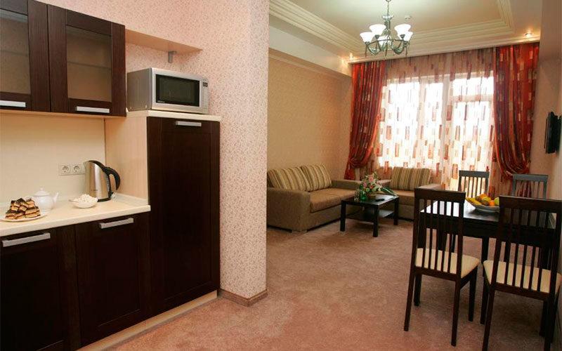 Отель Альмира Адлер 3*